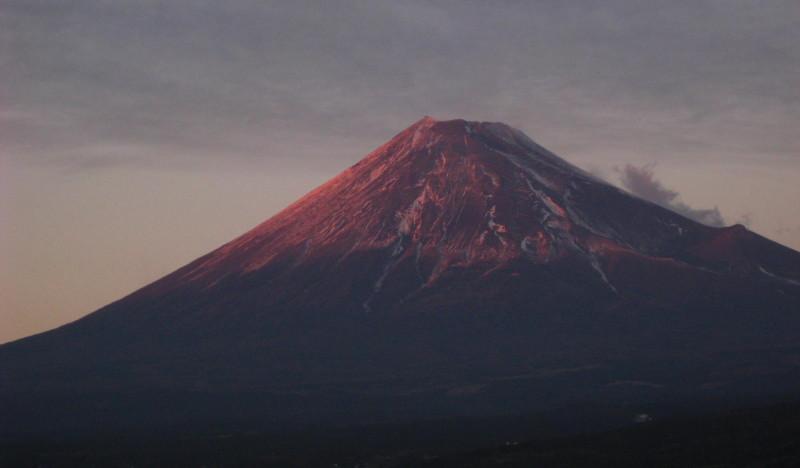 ⇒赤紫富士山