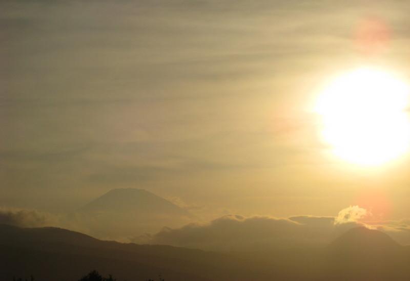 小田厚小田原東PAからの富士山