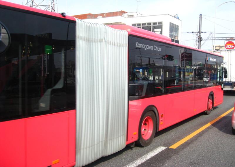 大型2種けん引バス 神奈中 画像
