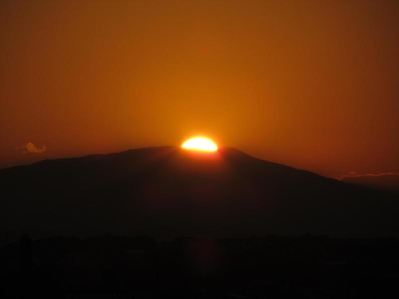 箱根に沈む夕日