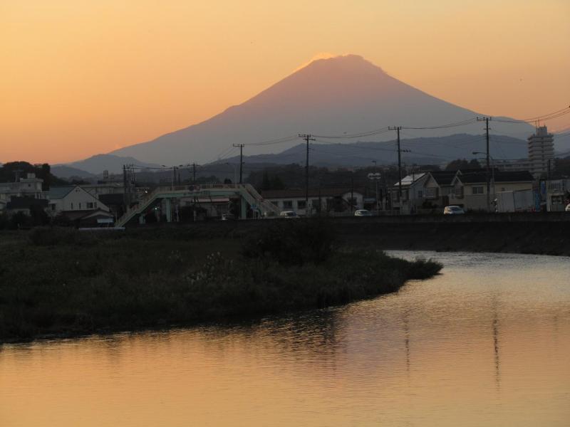 金目川 富士山 夕焼け