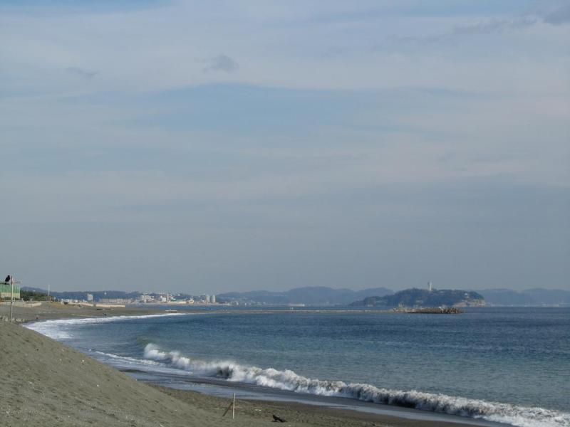 茅ヶ崎サザンビーチから江ノ島