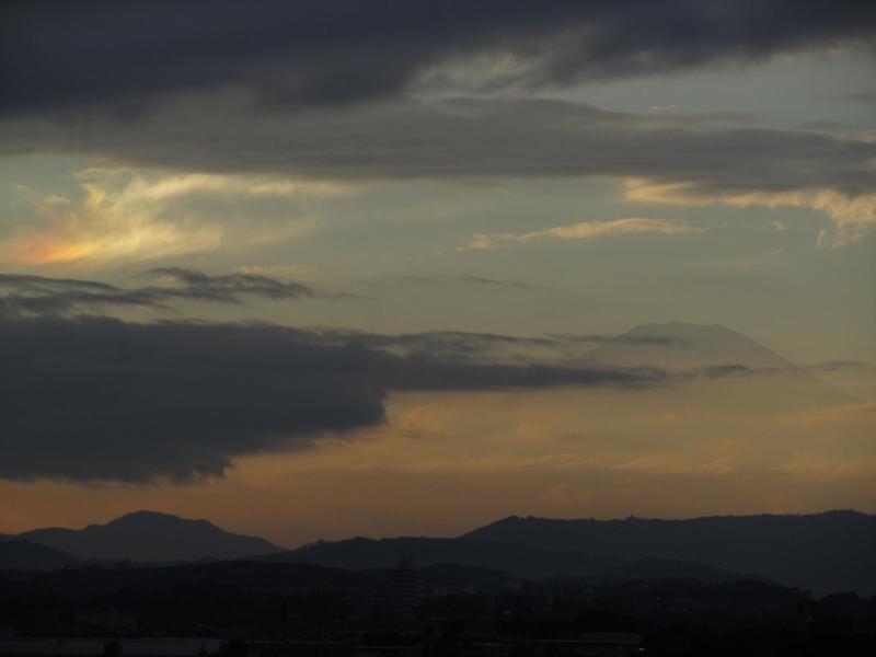 彩雲 富士山