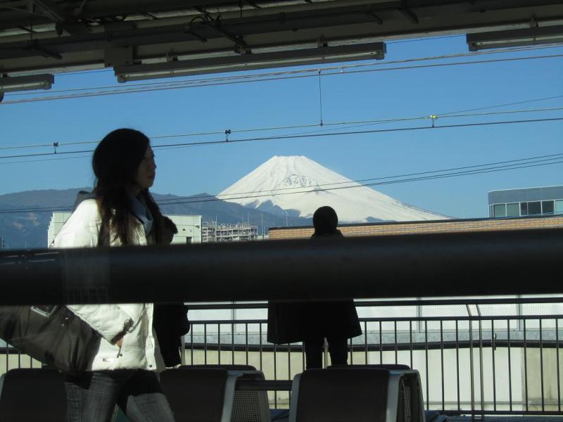 三島駅 富士山画像