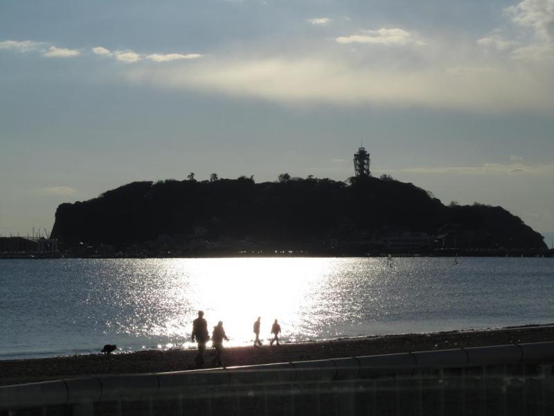 江ノ島画像 逆光