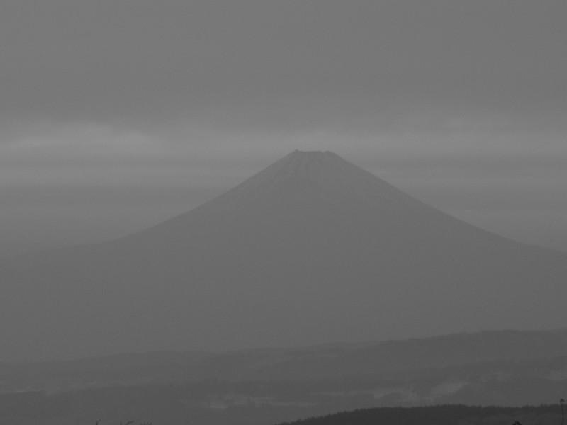 富士山 熱海峠 白黒写真
