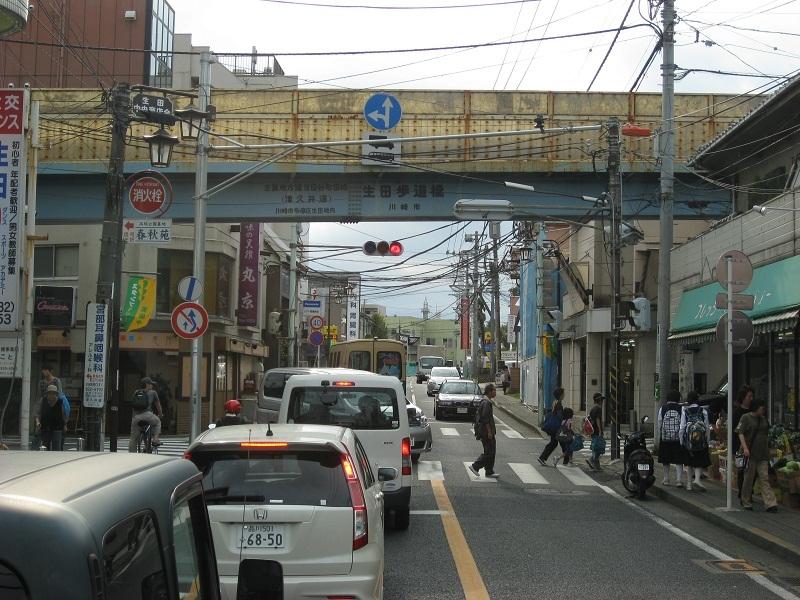 生田駅⇒クソみてえなウンコのアメブロ批評akb富士